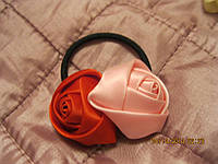 Резинка заколка розы красная розовая атласная