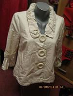 Плащ ветровка пиджак женский 12 46 М фирма ATMOSPHERE белый , фото 1