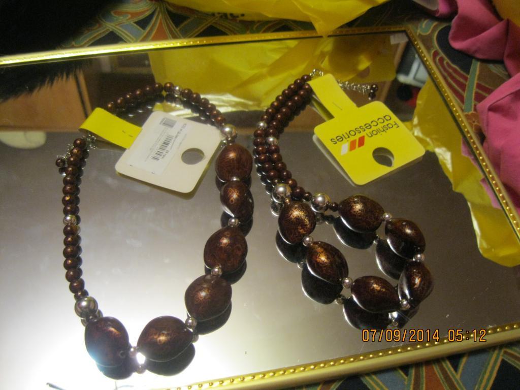Бусы ожерелье шоколадный цвет КОЛЬЕ 51см