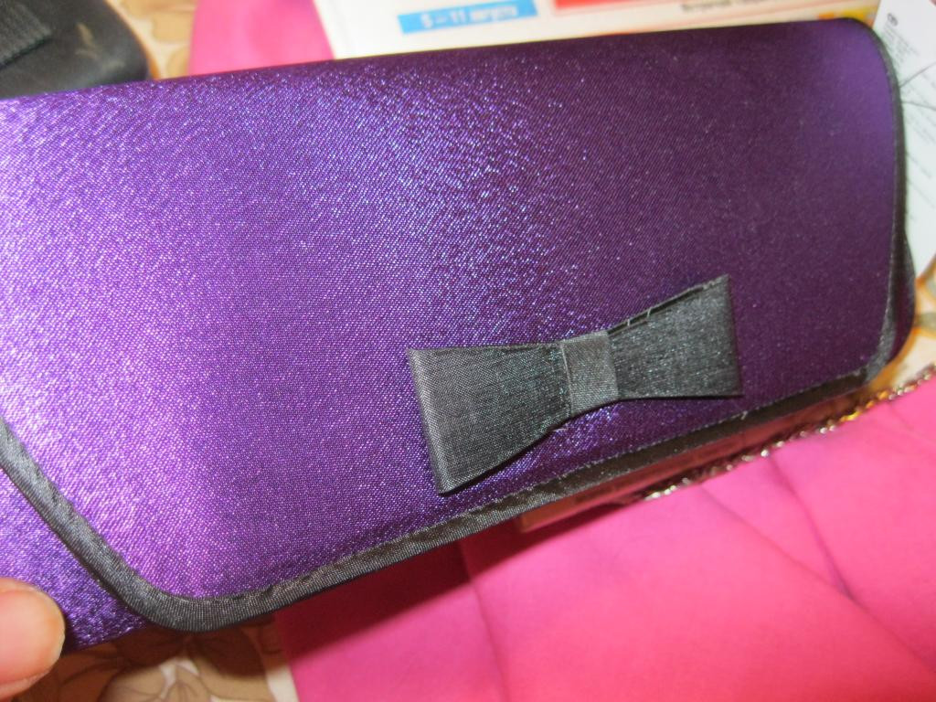 Клатч новый сумка фиолетовый черным остатки уточните.пож