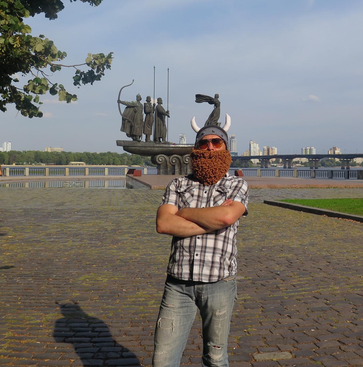 вязаная шапка шлем викинга с бородой и рогами продажа цена в киеве