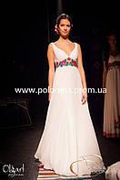 Платье вечернее с вышивкой розами и лилиями