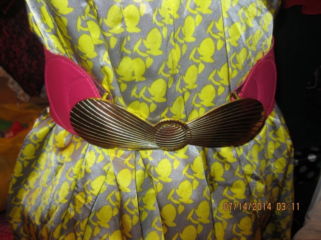 Пояс резинка розовый(фуксия) пряжка золото фирма