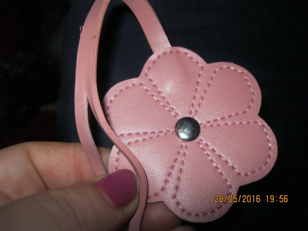 Брелок на сумку фірмовий квітка рожевий сувенір
