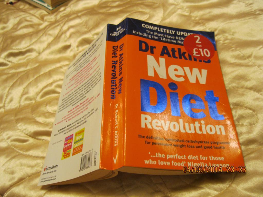 Книга NEW DIET REVOLUTION на английском языке книга