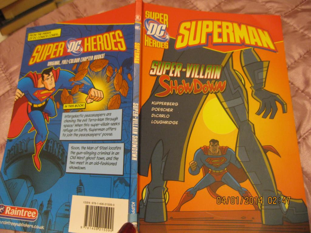 На английском языке книга superman из БРИТАНИИ