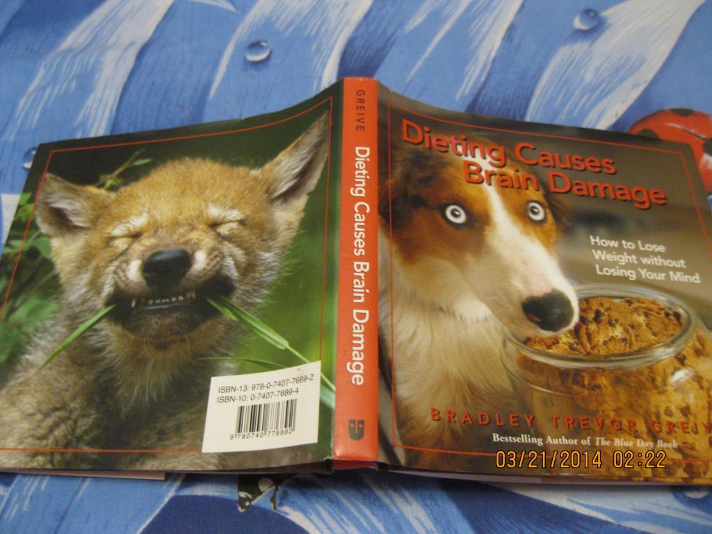 На английском языке книга смешные фото животных альбом