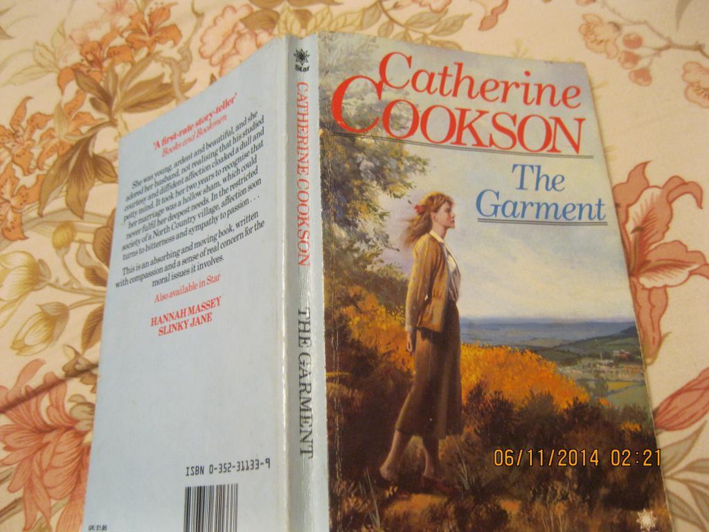 На английском языке книга COOKSON английский язык