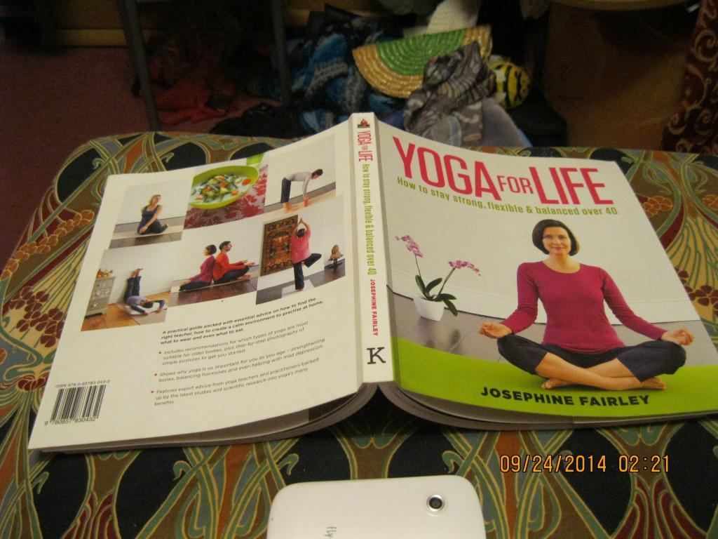 Книга Иога английском языке  YOGA for life FAIRLEY