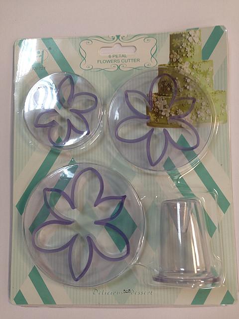 """Вырубка для мастики """"Цветы,листики""""4 пред.Китай -02227"""