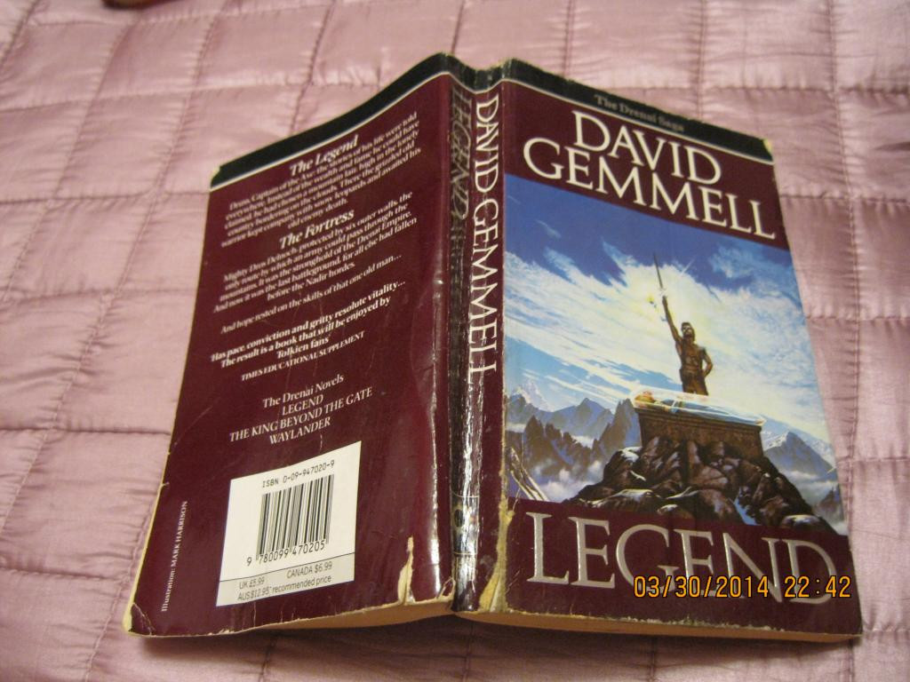 Книга на английском языке DAVID GEMMEL на английском  книга РОМАН LEGEND