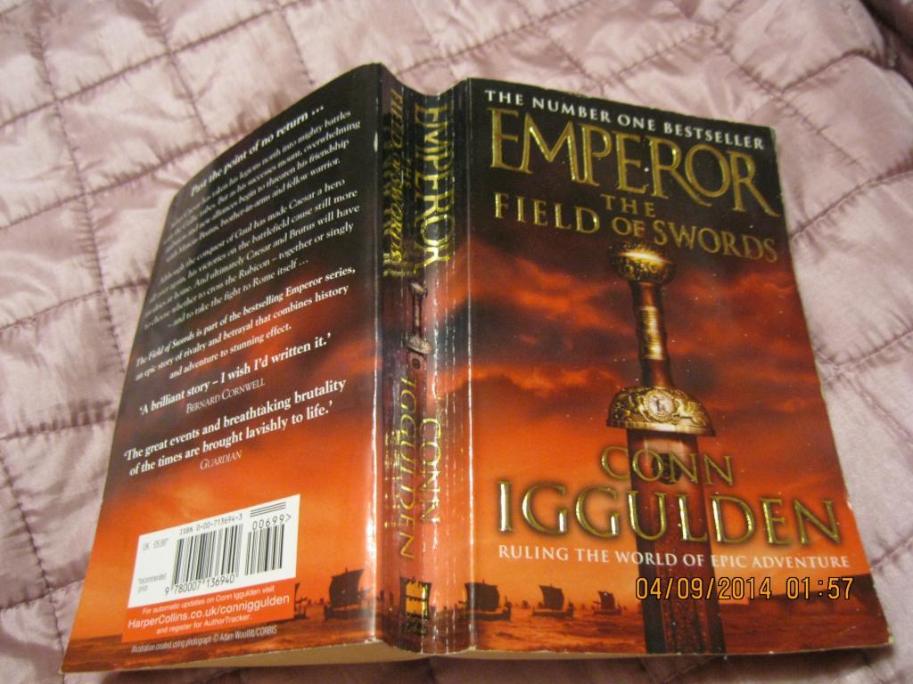 Книга на английском языке EMPEROR the field of swords
