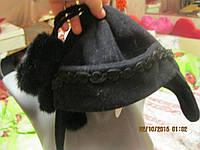 Шапка женская или детская шерстяная черная бубоны ушки 54-56см