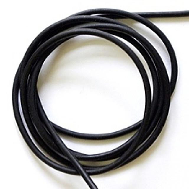 Кожа круглая гладкая черная d-4 мм