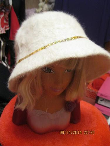 Шляпа шапка бежевая 56-58р супер ангора