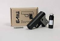 """Газовый пистолет """"Блиц"""" + 2 газовые баллончики в комплекте."""