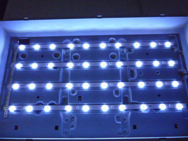 Светодиодные LED-линейки D1GE-320SC1-R2[11,10,20] 32F-3535LED-40EA (матрица DE320BGM-C1).