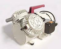Насос вакуумный мембранный N 035.3 AT.18 IP 20 (27 л/мин, 20 мбар)