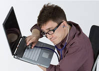Ноутбук не включаеться, що робити?