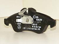 Тормозные колодки передние на Мерседес Спринтер 208-316 MERCEDES (Оригинал) 0084204220
