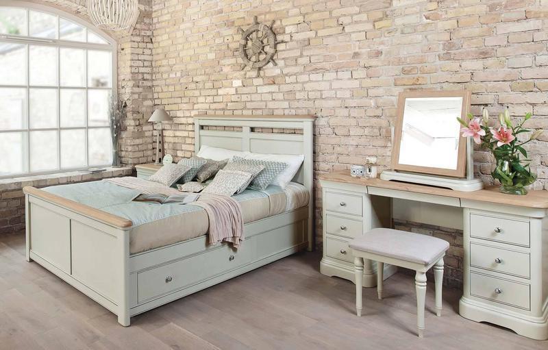 """Кровать двуспальная """"Сити"""" из массива"""