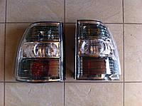 Задний левый фонарь Mitsubish Pajero Wagon 4 8330A295 8330A353