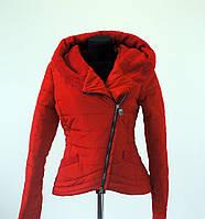 Женская демисезонная куртка - косуха красного цвета Сприн 46