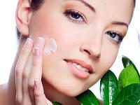 Органічна косметика по догляду за обличчям та тілом