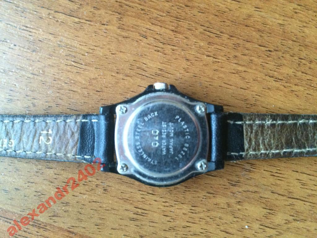 a15b732dae25 Наручные часы Q&Q женские б/у