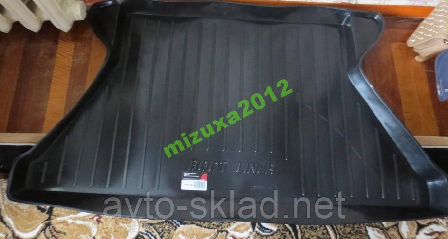 Килимок багажника Таврія 1102 Москва (корито)