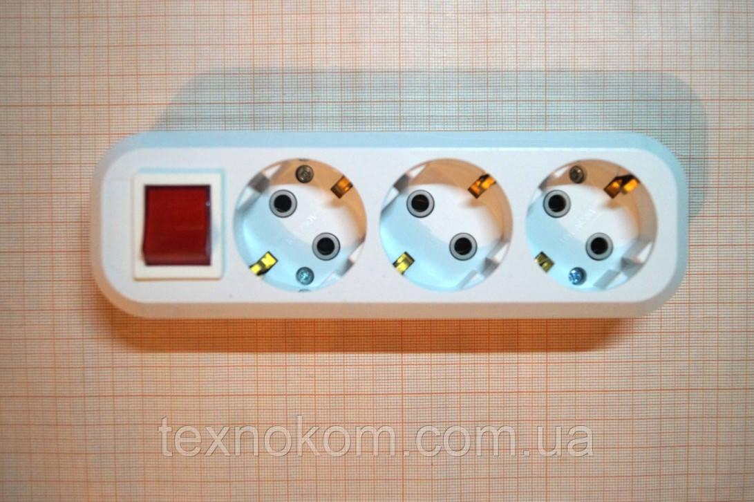 Колодка мережева 220В на три розетки з вимикачем і заземленням