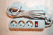 Мережевий фільтр з вимикачем для комп'ютерної та побутової техніки на три розетки 4,5 метра