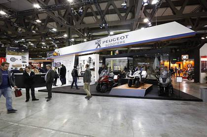 Скутера Peugeot на выставке EICMA-2013