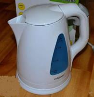 Электрический чайник белый