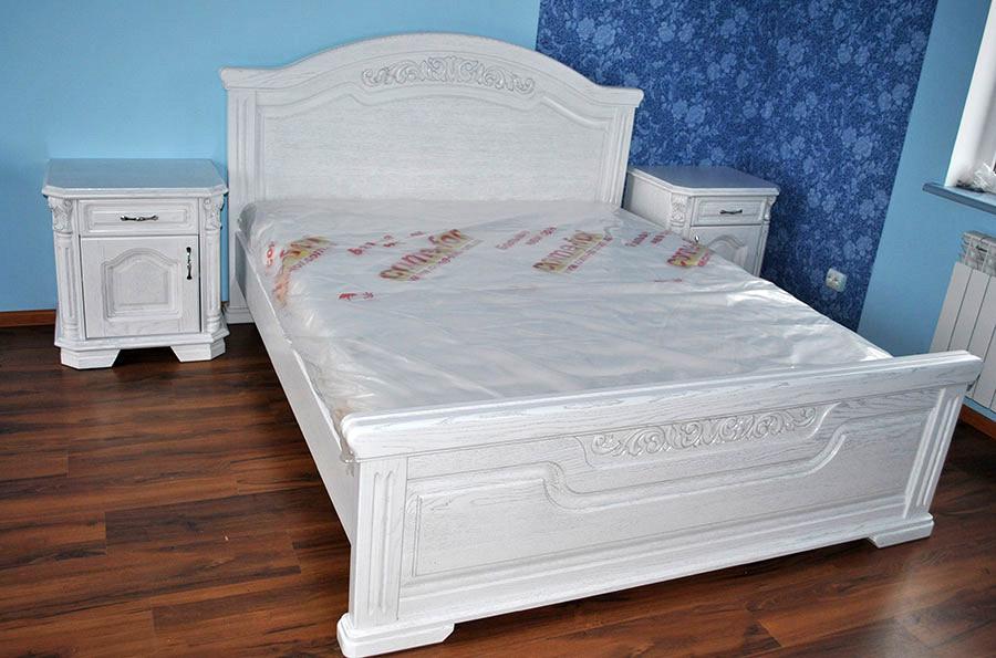 """Двуспальная кровать из дерева """"Гарфилд"""""""