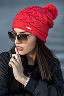 Женская шапка с бубоном Warm