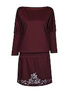 Женское платье большого размера изготовлено из функциональной турецкой ткани, декорировано принтом.