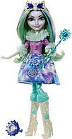 Кукла Ever After Hig Кристал Винтер серия Эпическая Зима Ever After High Epic Winter Crystal Winter DKR67