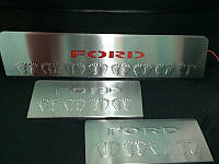 Накладки на пороги Ford Transit 2014+ (LED-красный) 3 шт.