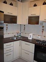 Кухня из ДСП в алюминиевой рамке, фото 1