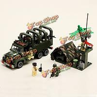 Просветите несут содержавшую военную серийную игрушку блоков зон боевых действий транспортного средства грузовика № 811