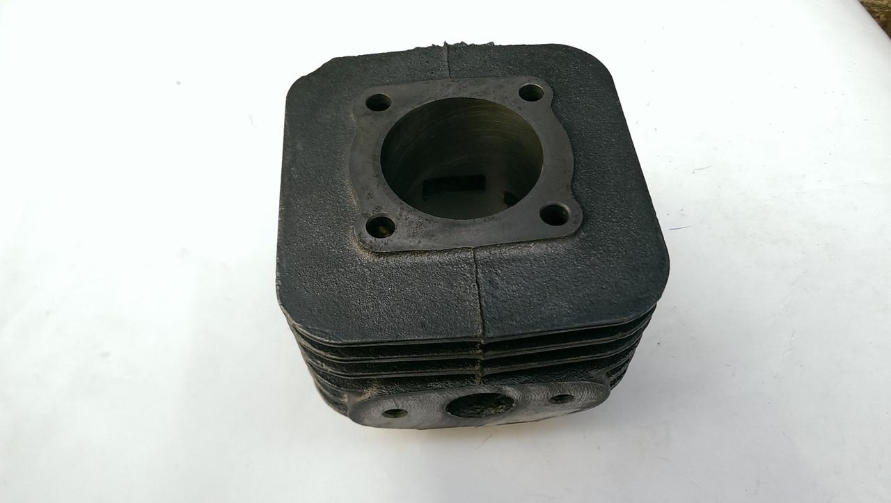 Циліндр бензогенератора (ЦПГ) ET-950