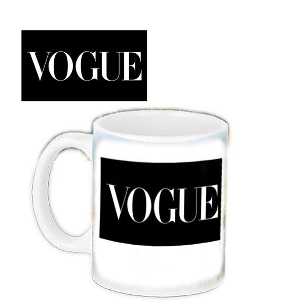 Кружка з принтом Vogue