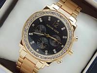 Женские наручные часы копия Michael Kors золотого цвета на металлическом браслете, фото 1