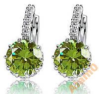 Серьги с яркими зелеными фианитами посеребренные
