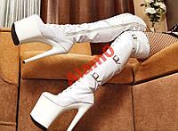 Белые лаковые ботфорты на шпильке 20 см со шнуровк, фото 1