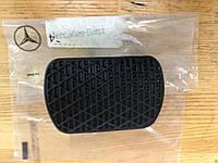 Накладка на педаль тормоза MERCEDES GL X164,X166 ML,W164,W166  06-15