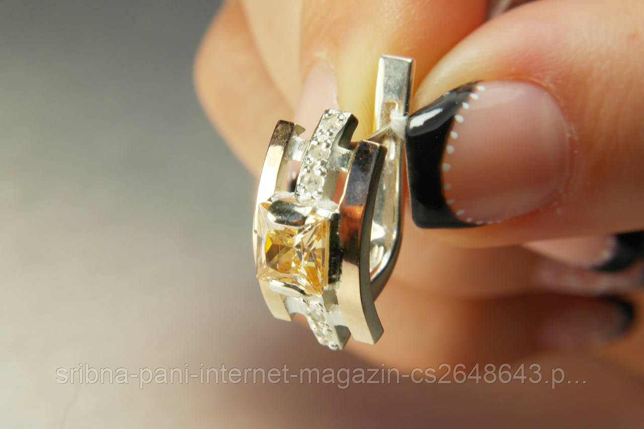 Красивые серебряные серьги 925  с фианитами и золотом - СРІБНА ПАНІ интернет -магазин в 73ce4ca488f