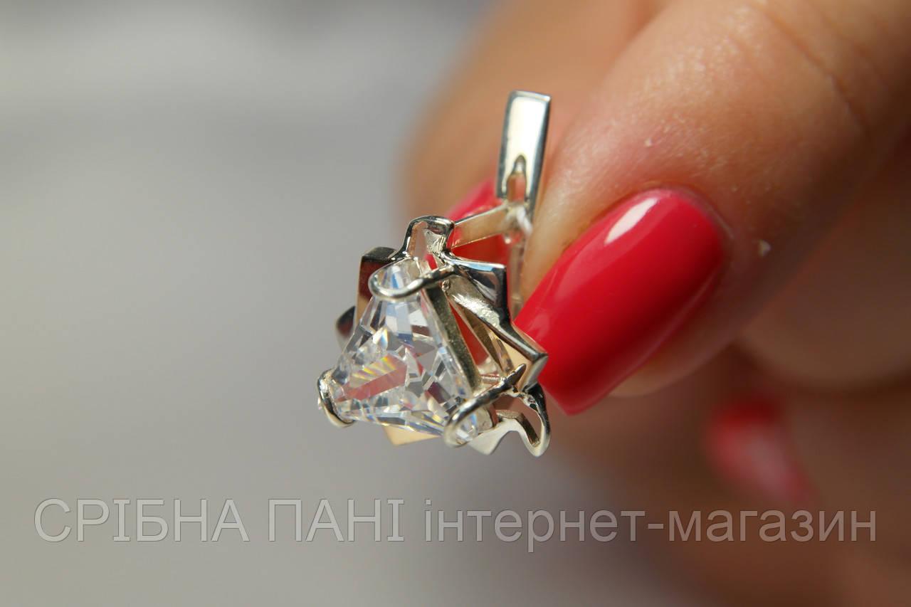 Серебряные серьги 925 с фианитом треугольной формы и золотом - СРІБНА ПАНІ  интернет-магазин в e7c019499e9