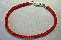 Браслет оберег плетеный - красная нить с вставкой серебра